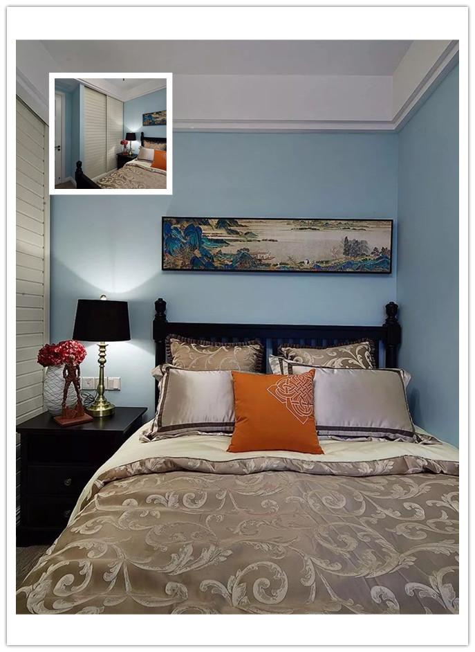 卧室,床头背景墙贴上灰砖图案的墙布,富有独特美感,壁挂式电视机